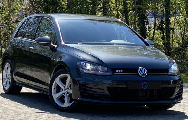 Volkswagen Golf GTI DSG